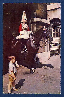 *** Mounted Guard - Whitehall - London (animée) *** CPSM 0351