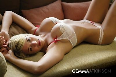(LAMINATED) GEMMA ATKINSON PINUP POSTER (61x91cm)  PICTURE PRINT NEW ART