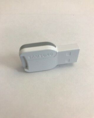 Samsung USB Card reader for micro Sd/ SDHC / SDXC Memory cards 32, 64,128GB