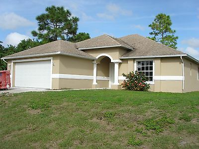 Florida Lehigh Acres single family home, beautiful remodeled, ready to move in