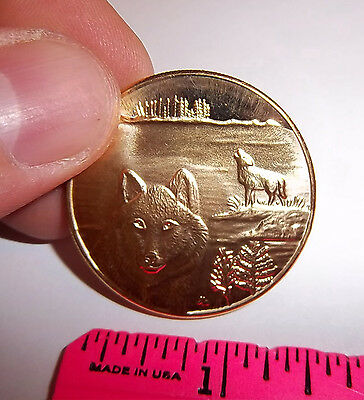 Alaska Brass Token, Wolf & howling Wolf by river, Beautiful collectors Coin NEW