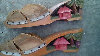 VINTAGE SHOES/POOR CONDITION PRE-OWNED VERY OLD COLLECTIBLE  APPROX. SZ. 7 WEDGE
