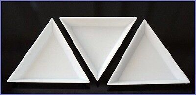 20 White Plastic Sorting Trays Scoops Triangular for Beads Gems Crystal Nails 3""