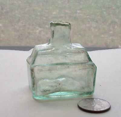 VICTORIAN SHEAR TOP BOAT INKWELL