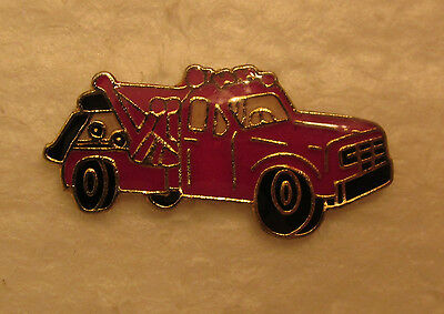 Tow Truck -1 inch- hat  or lapel pin