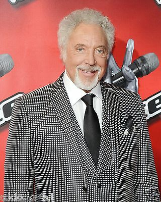 Tom Jones 8 x 10 GLOSSY Photo Picture