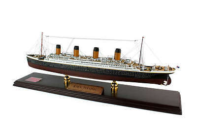 RMS Titanic Model Ship Desk Display Wood 1/350 White Star Ocean Liner ES Cruise