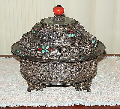 Antique Tibetan Buddhist Silver Repousse Altar Offering Bowl Container w/ Lid