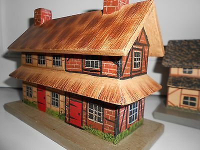 5 Houses*Repro Mini German Village EUC Color/Detail from Colonial Williamsburg
