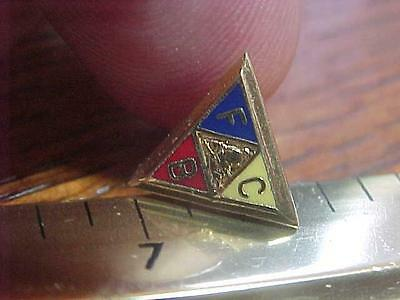 Fraternal Knights of Pythias Screwback FCB Pin  (14F1)