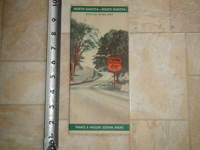JA488 Vintage 1939 Phillips 66 Map of North and South Dakota Excellent Condition
