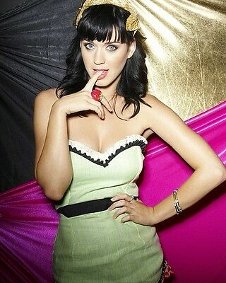Katy Perry 8x10 Hollywood Celebrity Photo. 8 x 10 Color Picture #583