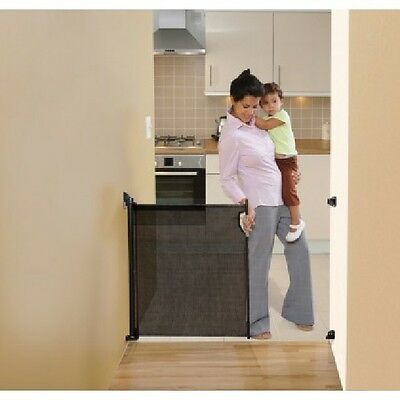 Dream Baby L943 Retractable Hide Away Safety Gate, Black
