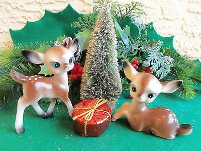 VINTAGE PAIR PLASTIC STANDING & SITTING FAWN DEER CHRISTMAS ORNAMENT/DECORATION