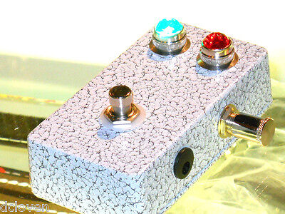 Invisible Sound guitar A/B switch box with JEWEL Lights! A B Pedal