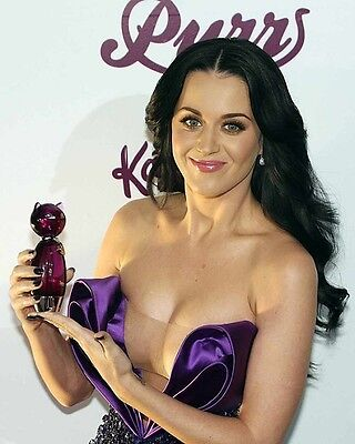 Katy Perry 8x10 Hollywood Celebrity Photo. 8 x 10 Color Picture #606