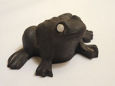 """Cute Black Frog Figurine With Moving Eyes 2 3/8"""" Wide 1 5/8"""" Long 1 1/8"""" Tall"""