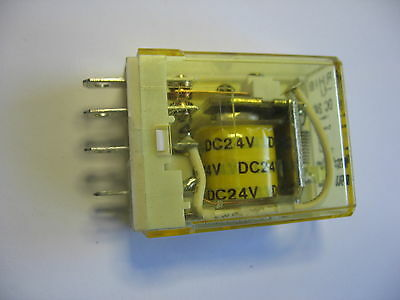 Idec RH1B-U-DC24 SPDT General Purpose Relay Plug-In or PCB Mount 24 VDC  10 amp