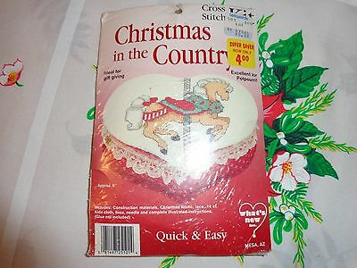 """Carousel Horse Heart Christmas in the Country Cross stitch kit 6"""""""