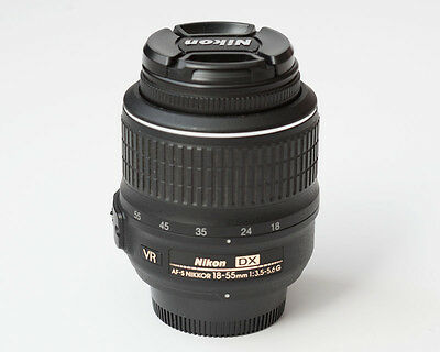 Nikon Nikkor 18-55 mm F/3.5-5.6 AS DX G SWM AF-S VR A/M Lens Near Mint Condition
