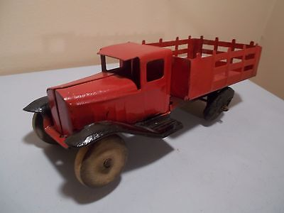 Vintage metal stake truck--maybe Buddy L or Wyandotte