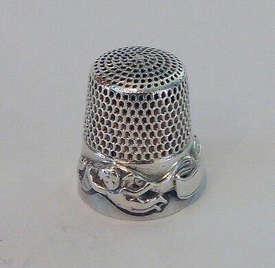 Goldsmith, Stern & Co Sterling Silver Thimble - Cupid Special