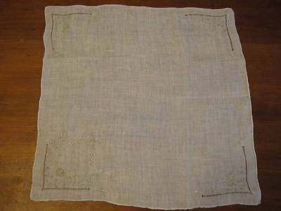 VTG EMBROIDERED FLORAL WEDDING WREATH HANKY GREAT INTRICATE DESIGN