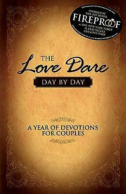 The Love Dare Day by Day : Wedding Edition by Stephen Kendrick and Alex...