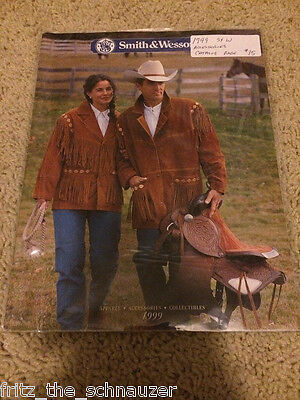 VINTAGE SMITH & WESSON CATALOG 1999 S&W rare APPAREL ACCESSORIES COLLECTIBLES