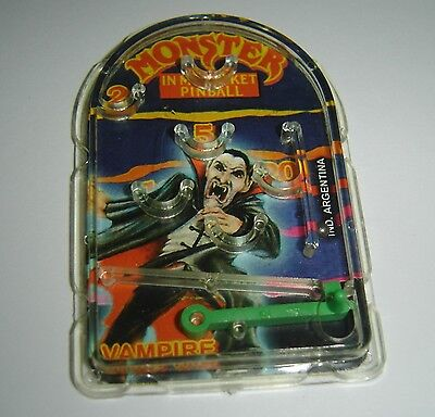 VAMPIRE   MINI PINBALL MONSTER IN MY POCKET collectible toy ARGENTINA