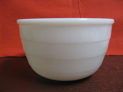VINTAGE MILK GLASS GE GENERAL ELECTRIC MIXING BOWL 7-3/8""