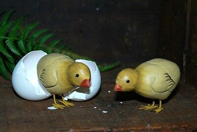 2 Carved Wood Chicks - Primitive Chicken - Easter