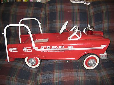 RARE Vintage Murray Fire Truck Pedal Car 1950's or 1960's,, Original Condition