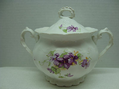 835 East Palestine pottery dosoto shape covered sugar bowl 1884-1909.