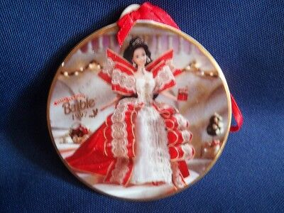 New 1997 Happy Holidays Barbie Hanging Ornament. Limited Edition Barbie Ornament