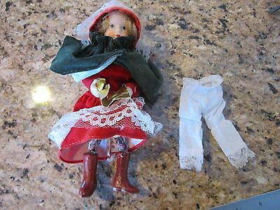 Vtg, Miniature, Porcelain Head Feet Hands , Cloth Clothing, Wired Arms And Legs