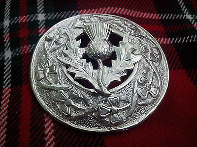 TC Men's Scottish Kilt Fly Plaid Brooch Thistle Silver Plated/Fly Plaid Brooches