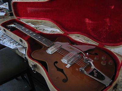 VINTAGE 1960'S KAY JAZZ ll WITH ORIGINAL CASE