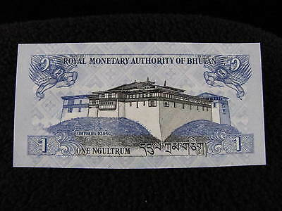 Vintage ROYAL MONETARY AUTHORITY of BHUTAN One 1 Ngultrum Paper Money Bill