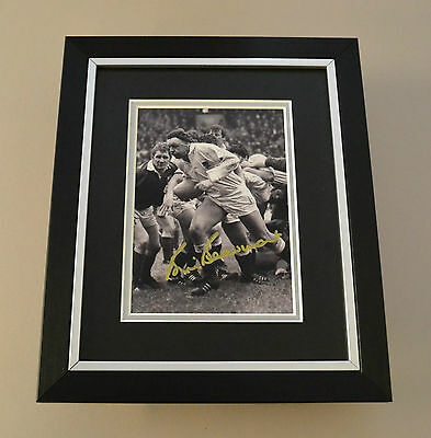 Bill Beaumont Signed 10x8 Photo Framed Autograph Display Rugby Memorabilia + COA