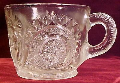 Slewed Horseshoe Punch Cup Clear Pressed Glass Vintage Radiant Daisy US Peacock