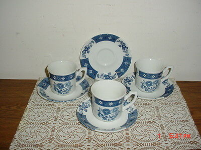 "7-PIECE J & G MEAKIN ROYAL STAFFORDSHIRE ""CATHAY"" 3 CUPS & 4 SAUCERS/WHITE-BLUE"