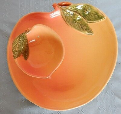 """11"""" by 11"""" Peach Shaped Fruit Serving Platter w/ 5 inch bowl Made in Portugal"""