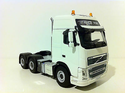 WSI VOLVO FH3 700 GLOBETROTTER XL 6x4 SINGLE TRUCK,1:50, Diecast, SEALED
