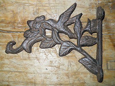 Cast Iron HUMMINGBIRD Garden Plant Hook Rustic BROWN Finish Bird