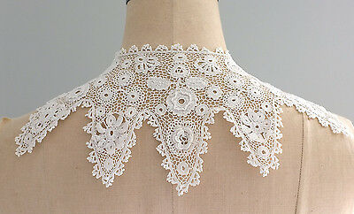 Antique/vintage Irish crochet lace collar with raised flowers