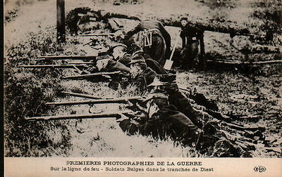 X4017  WW1  BELGIAN SOLDIERS IN TRENCH AT DIEST   POSTCARD