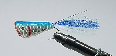 2QTY CREASE FLY BLUE Fly Fishing Flies 2/0