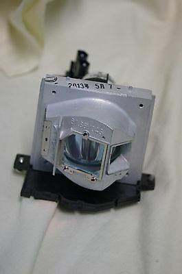 Optoma BL-FU220C 220W UHP Projector Lamp Replacement for EP761 TX761