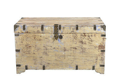 Large chest cream beige shabby chic waste wood India Luxury Park
